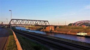 Hafen Duisburg am Rhein bei Drachenwolke Geschichten