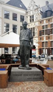 Albert Schweitzer Statue in Deventer bei Drachenwolke Geschichten und Infos über den Rhein