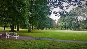 Park De Worp in Deventer an der Ijssel Rhein bei Drachenwolke Geschichten