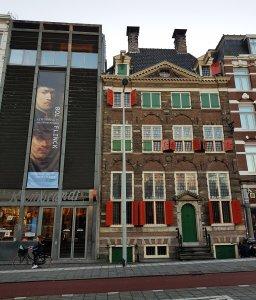 Rembrandts Wohnhaus in Amsterdam bei der Geschichte Rembrandt und der Geizkragen