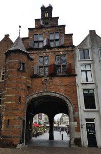 Anthonispoort in Nijmegen / Nimwegen neben der Stephanskirch und dem Lateinischen Haus