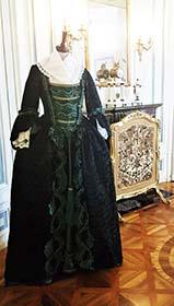Kostüm auf Schloss Benrath bei Düsseldorf