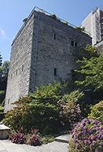 Comturey Turm, Teil der mittelalterlichen Festungsanlage auf der Insel Mainau
