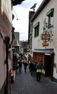 Drosselgasse oben in Rüdesheim am Rhein bei Drachenwolke Geschichten