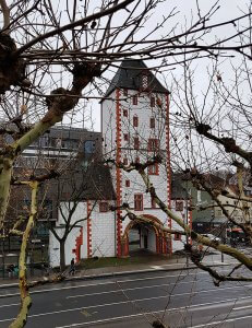 Eisenturm Mainz bei Drachenwolke Geschichten und Sagen & Legenden rund um den Rhein