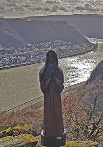 Traumschleife Rundwanderweg Fünfseenblick mit Aussichtspunkt Betende Nonne