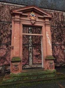 Bischöfliches Palais Mainz bei Drachenwolke Geschichte und Sagen & Legenden vom Rhein