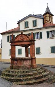 Geschlechterbrunnen Oppenheim bei Drachenwolke Geschichten, Sagen und Legenden rund um den Rhein