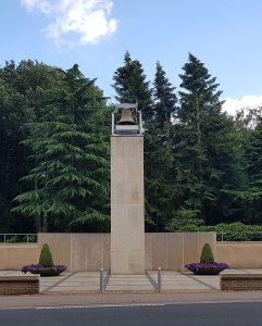 Rhenen Grebbeberg mit Ehrenfriedhof bei Drachenwolke Geschichten