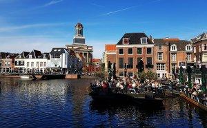 Altstadt Leiden am Rhein bei Drachenwolke Geschichten