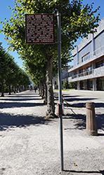Teil des Kunstwerkes Platz der Grundrechte in Karlsruhe
