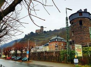 Burg Gutenfels bei Kaub am Rhein