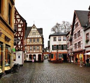 Kirschgarten Mainz bei Drachenwolke Geschichten und Legenden & Sagen vom Rhein