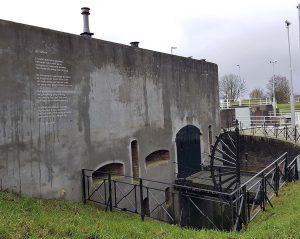 typisch holländisch: Proeflokaal Probierstube in Gorinchem an der Waal /Rhein