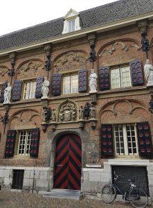 Lateinische Schule in Nijmegen / Nimwegen gegenüber der Stephanskirche
