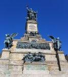 Grossansicht Niederwalddenkmal am Rhein bei Drachenwolke Geschichten