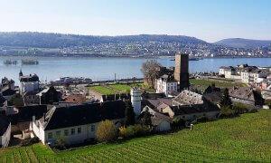 Brömserburg in Rüdesheim am Rhein bei Drachenwolke Geschichten