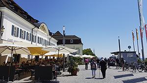 Markthalle Greth an der Uferpromenade in Überlingen
