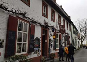 Restaurant Torschenke in der Altstadt von Zons