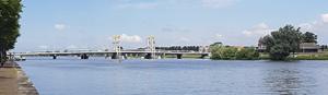 Stadsbrug / die Brücke von Kampen